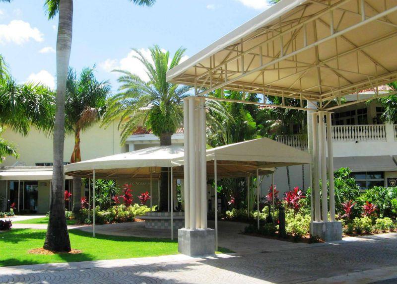 Escalator Canopies Amp Walkway Covers Miami Awning